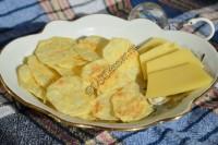 Чипсы с сыром в микроволновке