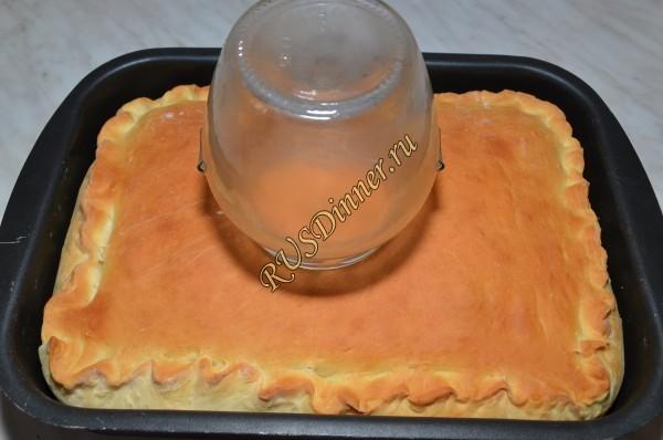 Как сделать, что бы закрытый пирог не был сухим?